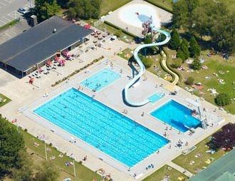 Centre nautique et lac de divonne les bains for Piscine de divonne